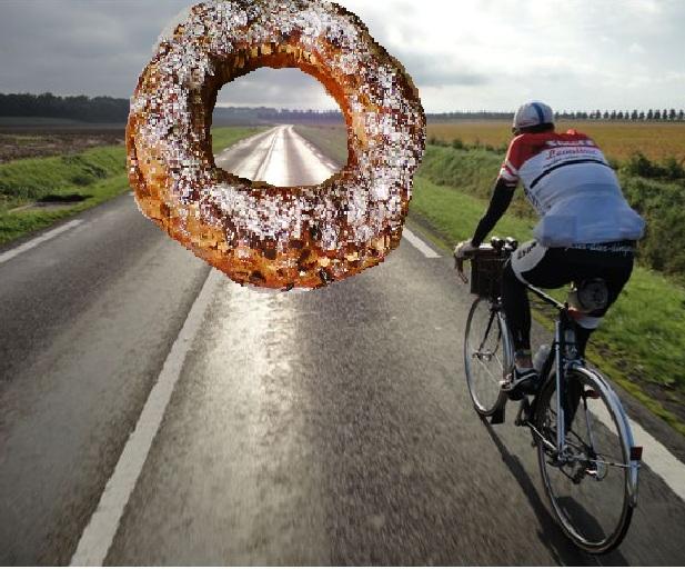 cycliste et gâteau
